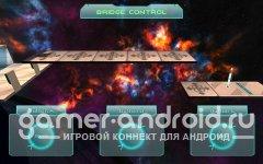 Space Run 3D - бегаете по космическому корабля в поисках выхода, разгадывая различные загадки